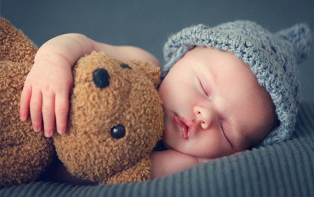 6-12-aylık-bebeklerde-uyku-düzeni