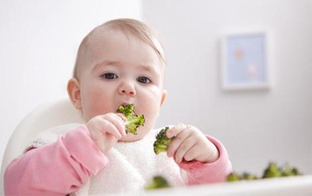 bebeklerde-doğru-beslenme